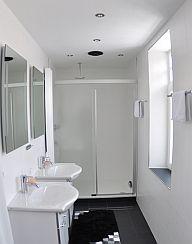 inning buch ferienwohnung 1 im haus seefried inning am ammersee ferienwohnung. Black Bedroom Furniture Sets. Home Design Ideas