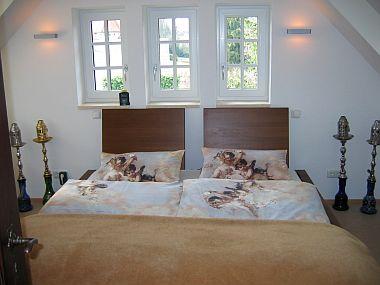 inning buch ferienwohnung 2 im haus seefried. Black Bedroom Furniture Sets. Home Design Ideas