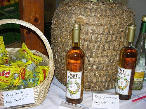 Foto Markt in Diessen - Apfelsaft & Honig